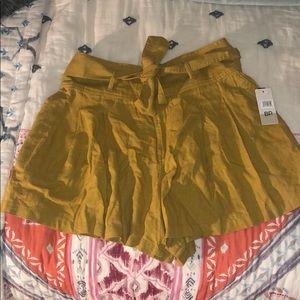 NWT BP mustard shorts
